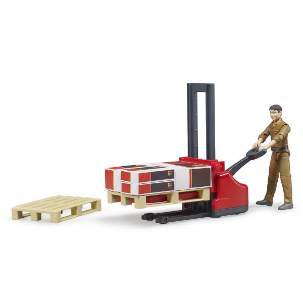Фигурка Bruder работника логистической службы UPS с погрузчиком и аксессуарами